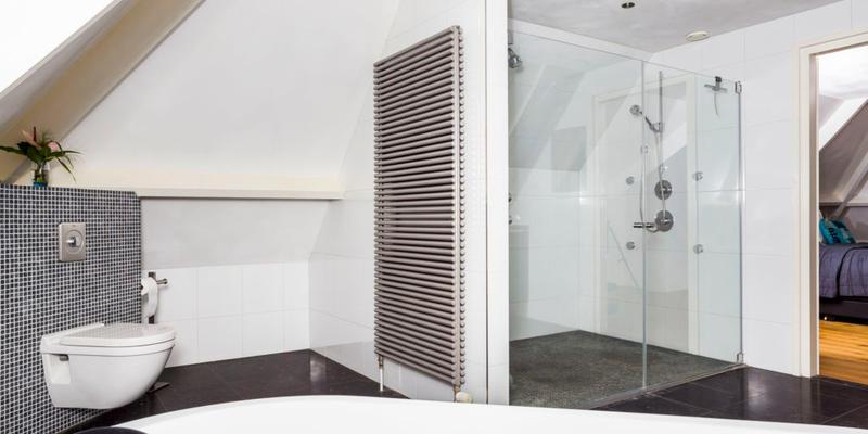 Badkamer verwarming plaatsen | Kosten en mogelijkheden | Slimster