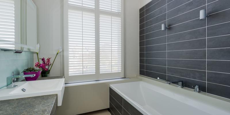 Kleine badkamer inspiratie 14 tips slimster blog for Hoe tegels plaatsen badkamer