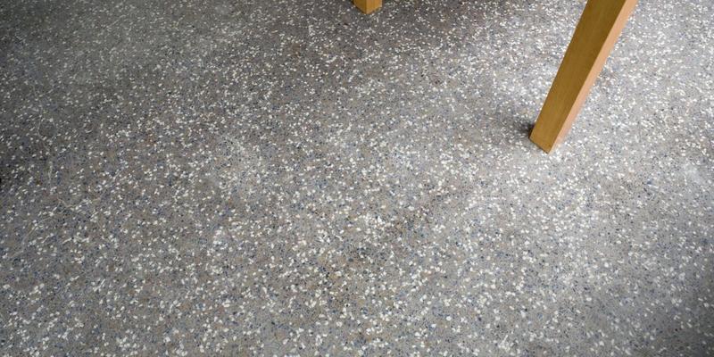 granieten vloer granito of terrazzo prijzen slimster. Black Bedroom Furniture Sets. Home Design Ideas
