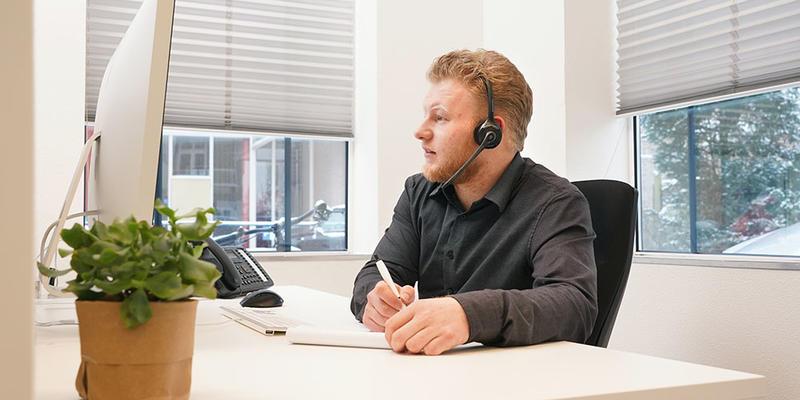 hoe word ik klantenservice medewerker telefoon