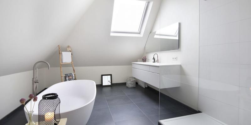 Kosten badkamer schilderen | Gratis offertes vergelijken | Slimster
