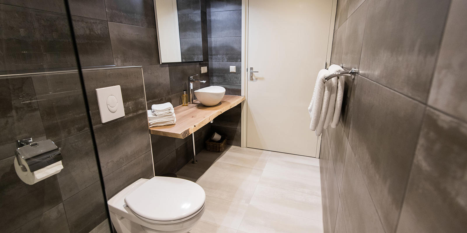 smalle kleine badkamer