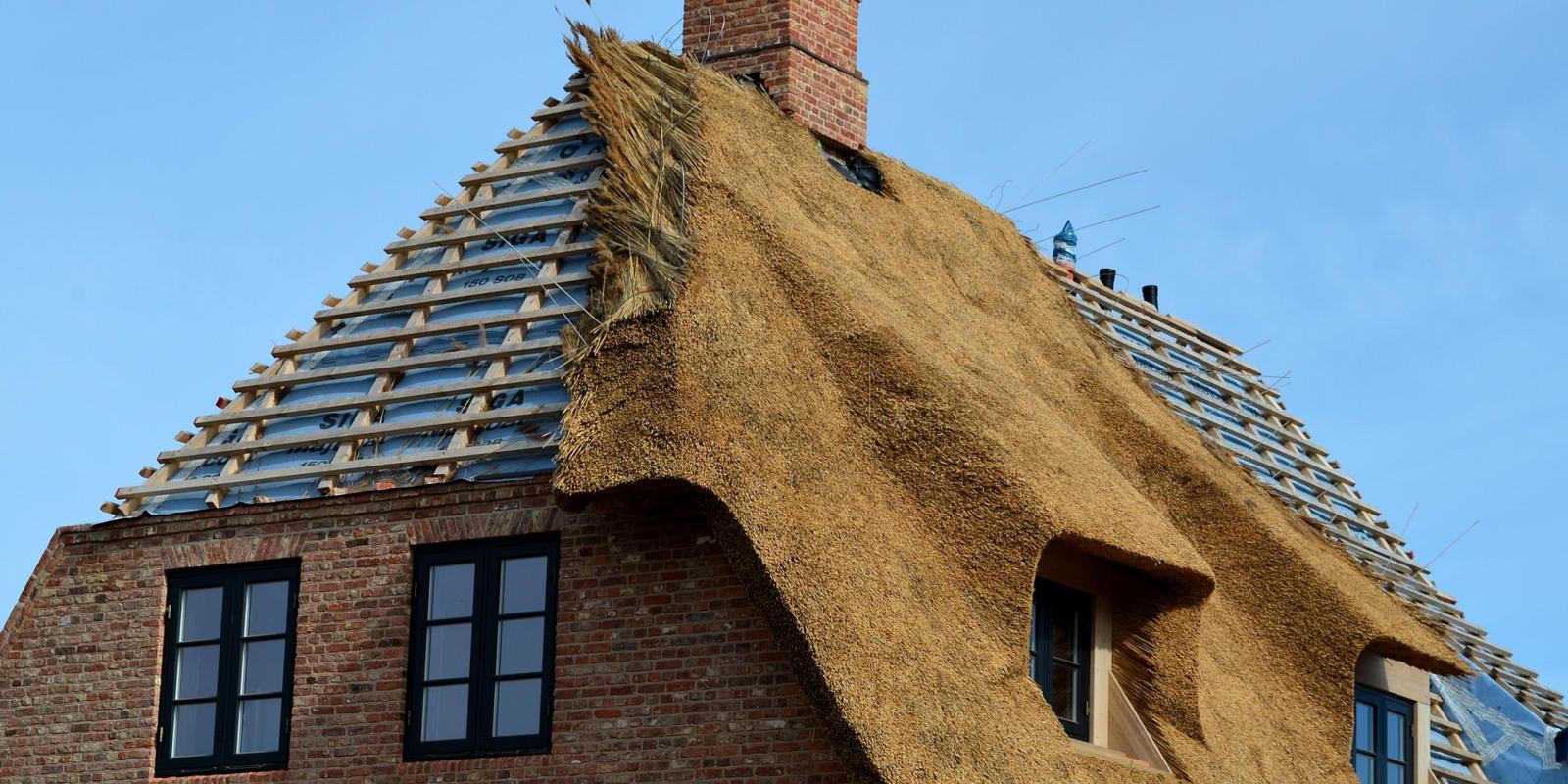 rieten dak achteraf isoleren