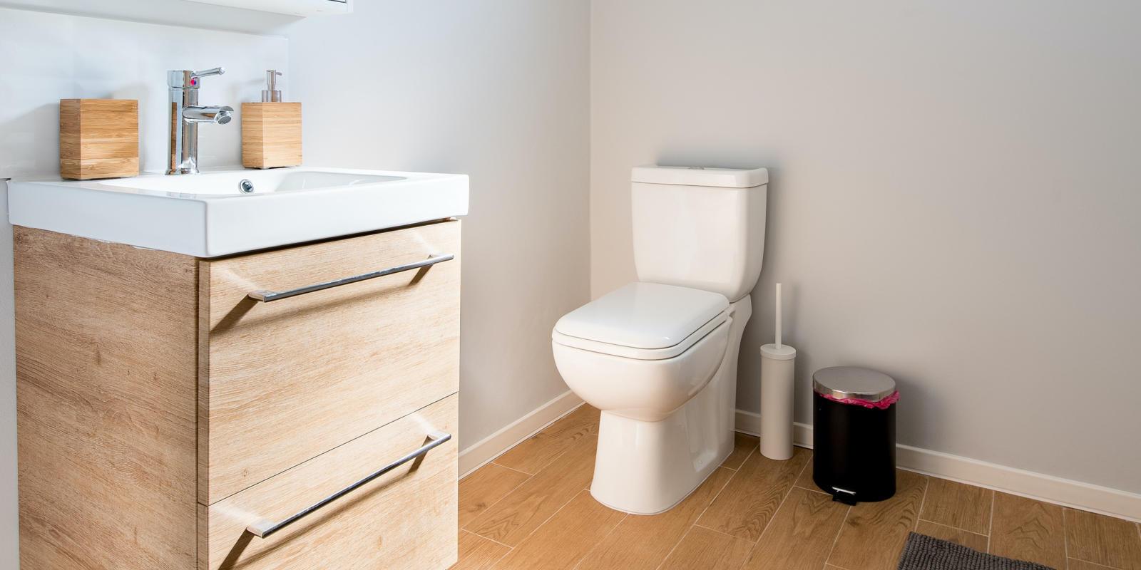 staande wc pot installeren