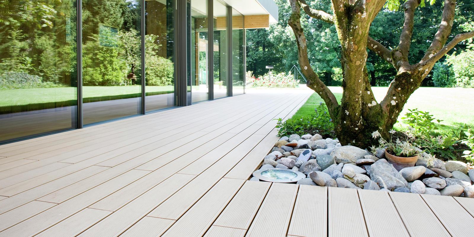 houten terras aanleggen kosten