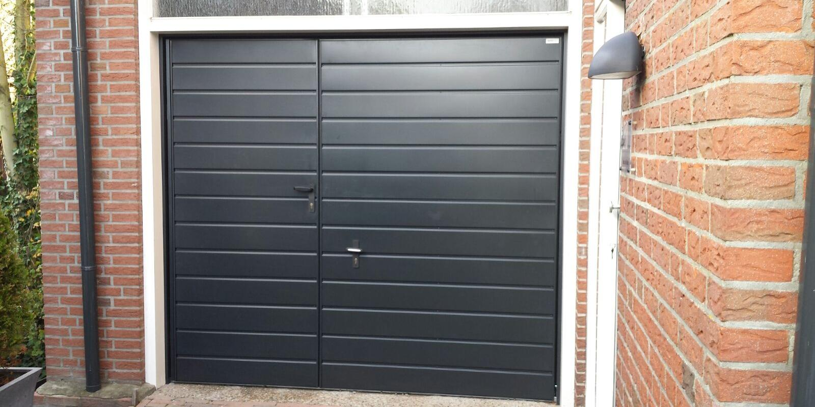 garagedeur loopdeur links