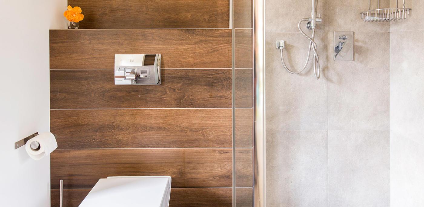 Houtlook badkamer voorbeelden