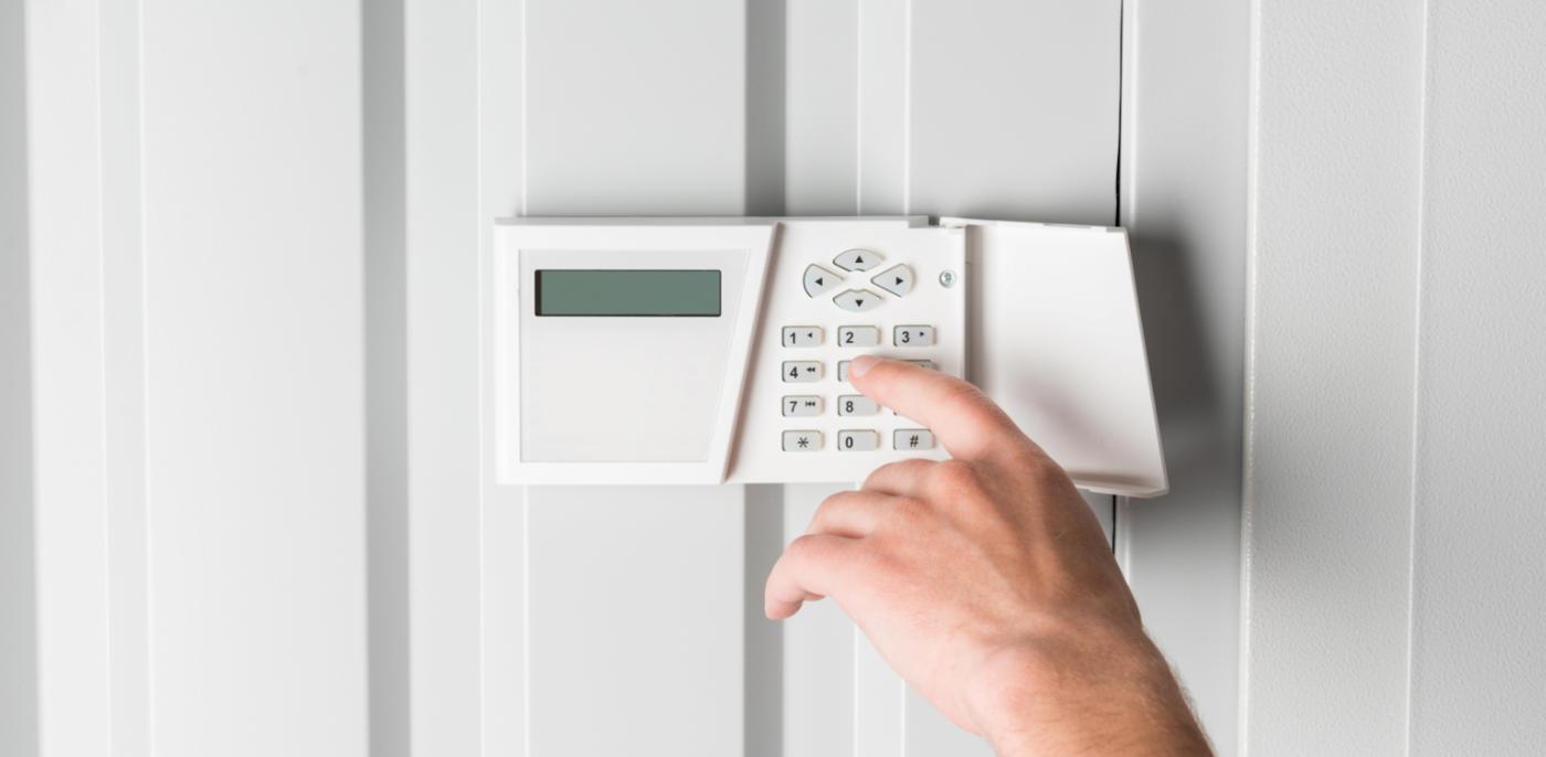 Wat kost een bedraad alarmsysteem installeren? 🔐 → Prijs - Slimster