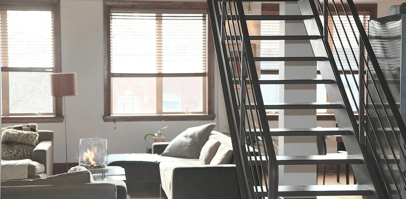 Wat kost een metalen trap plaatsen?