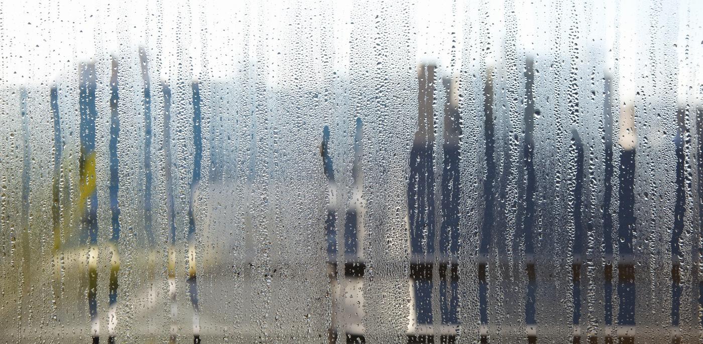 Condens Binnenkant Raam Dubbel Glas.Condens Op Ramen Voorkomen Oorzaken En Tips Slimster Blog