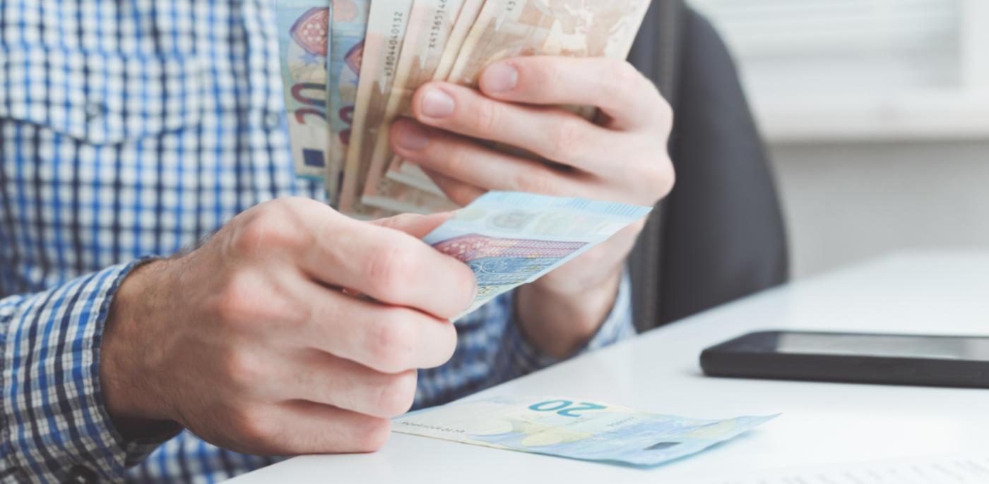 Geld lenen zonder vast contract