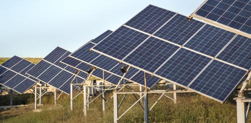 draaibare zonnepanelen op grond