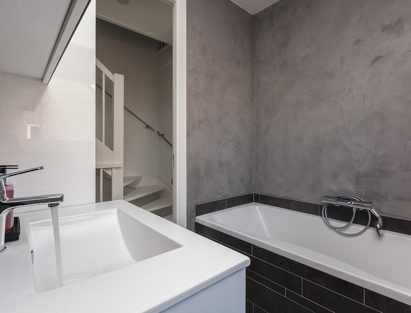 Stucwerk In Badkamer : Badkamer laten stucen kosten vergelijk prijzen slimster