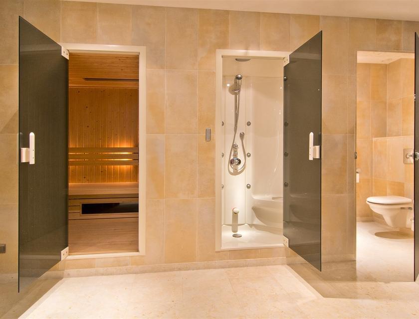 Sauna Inbouwen Badkamer : Voorbeelden van een luxe badkamer met sauna luxe badkamers