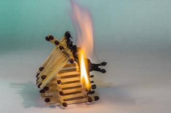 Wat te doen bij brand in huis?