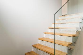 Betonnen trap bekleden? 4 beste renovatie opties