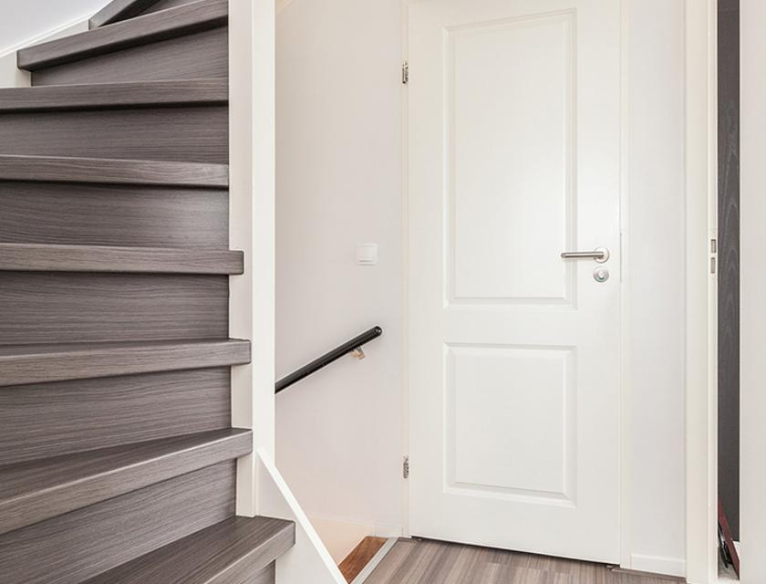 Lijmresten trap verwijderen zo verwijder je tapijtlijm slimster
