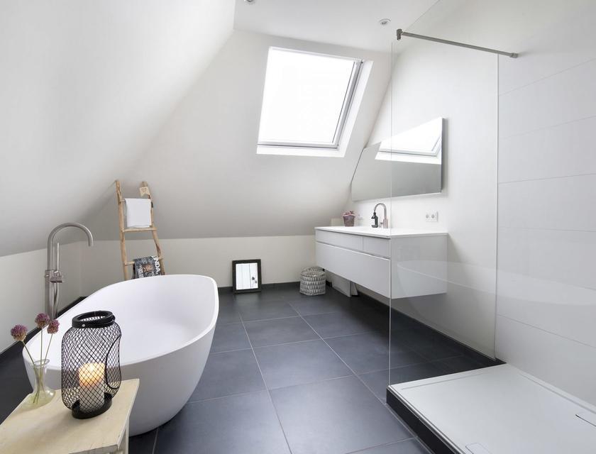 Latex Voor Badkamer : Kosten badkamer schilderen gratis offertes vergelijken slimster