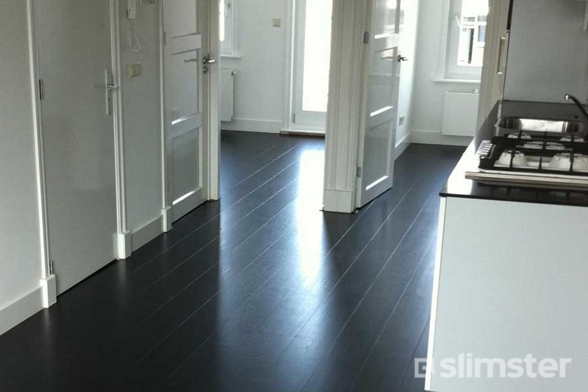Top Zwarte vloer voorbeelden | Inspiratie & mogelijkheden | Slimster &AB02
