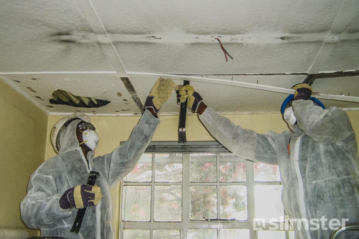 Bekend Asbest in het plafond | Asbest herkennen | Slimster XK94