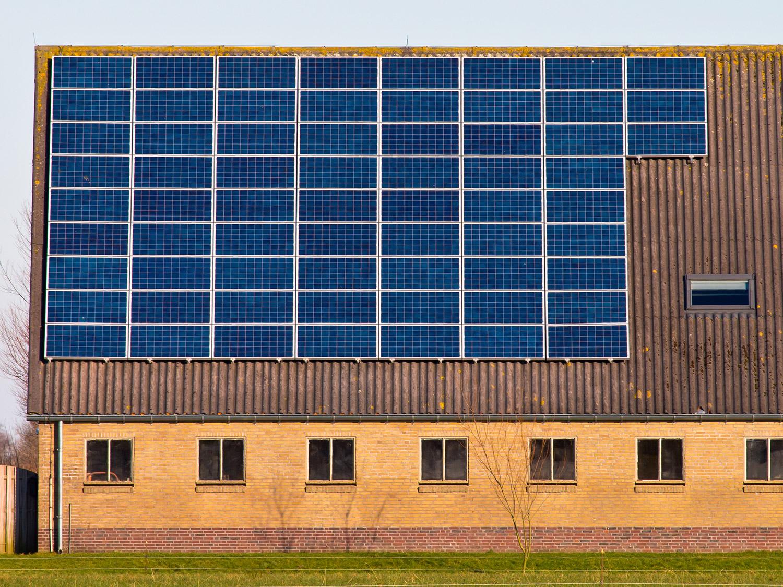 zakelijk zonnepanelen berekenen
